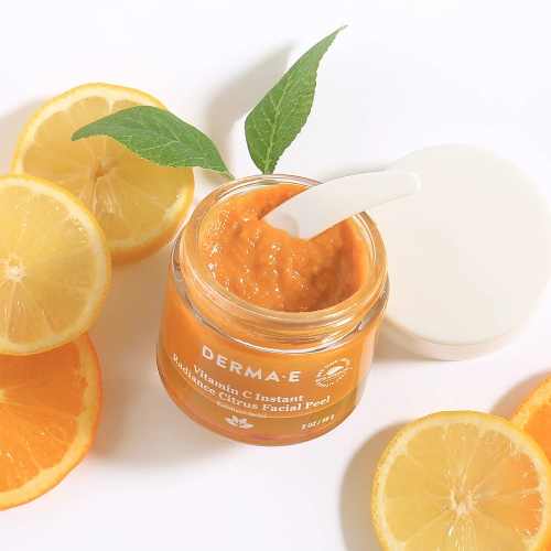 Vitamin_C_Instant_Radiance_Citrus_Facial_Peel_from_DERMA-E_3.png