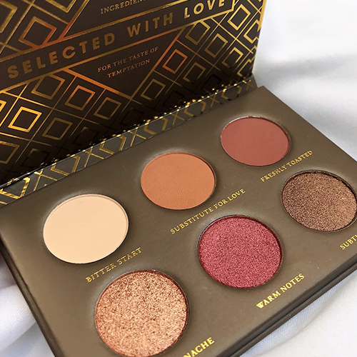 3_Cocoa_Blends_Voyager_Eyeshadow_Palette_Zoeva.png